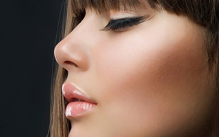 woman-with-perfect-nose2